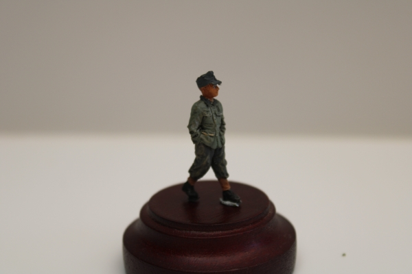 Nordwind 1/48 NWW 028 Hitler youth going